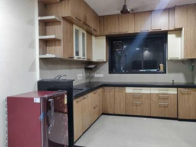 Gallery Cover Image of 1650 Sq.ft 3 BHK Apartment for rent in Parel for 110000