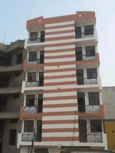 Gallery Cover Image of 720 Sq.ft 2 BHK Apartment for rent in Sector 102 for 8000