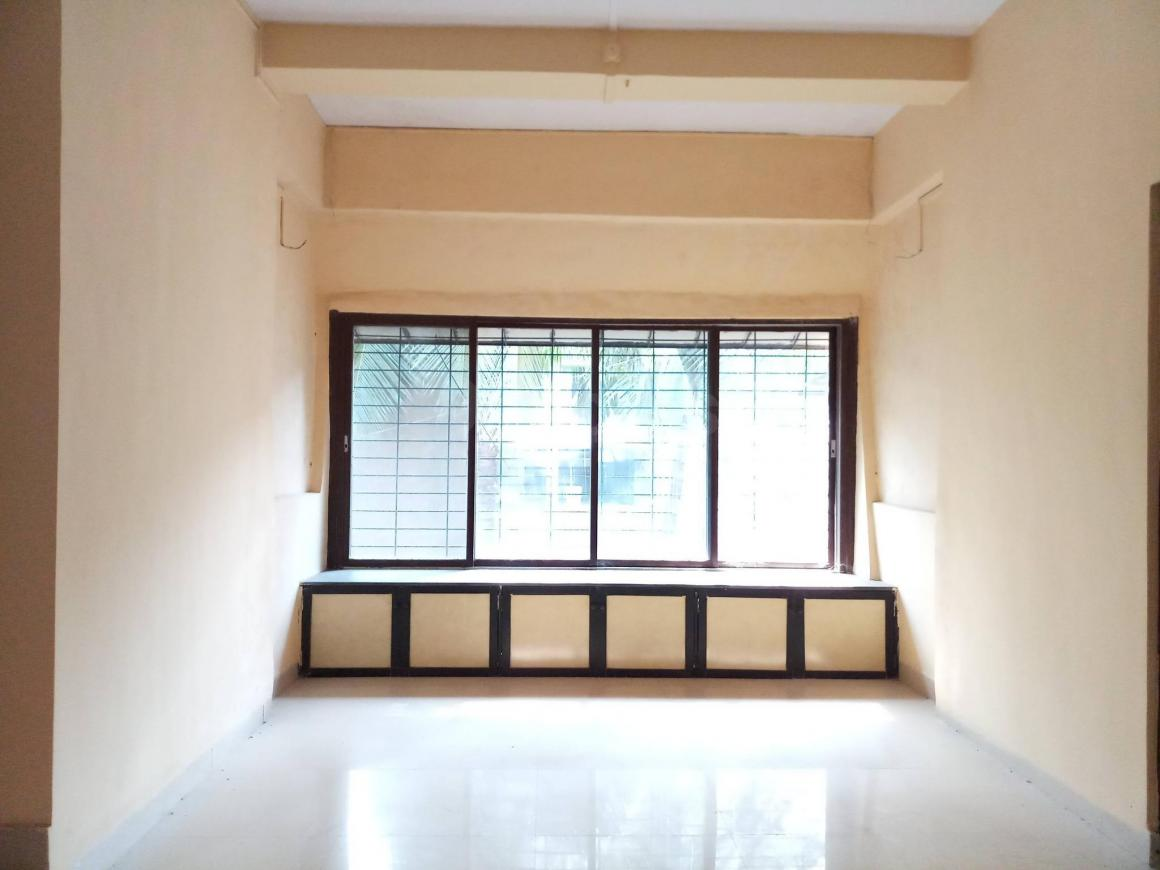 Living Room Image of 900 Sq.ft 2 BHK Apartment for buy in Chembur for 14500000