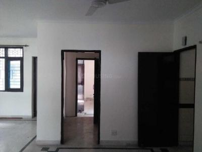 Gallery Cover Image of 1290 Sq.ft 3 BHK Apartment for rent in Santoshpur for 30000