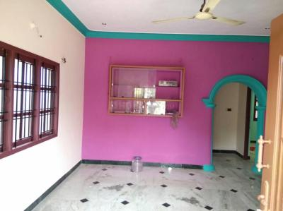 Gallery Cover Image of 850 Sq.ft 2 BHK Independent House for rent in St Thomas Mount for 13000