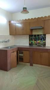 Gallery Cover Image of 1250 Sq.ft 3 BHK Apartment for buy in Dhruva Apartments, Patparganj for 13200000