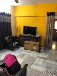 Gallery Cover Image of 850 Sq.ft 2 BHK Apartment for rent in Santacruz West for 65000