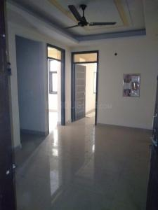 Gallery Cover Image of 750 Sq.ft 2 BHK Apartment for rent in sector 73 for 10000