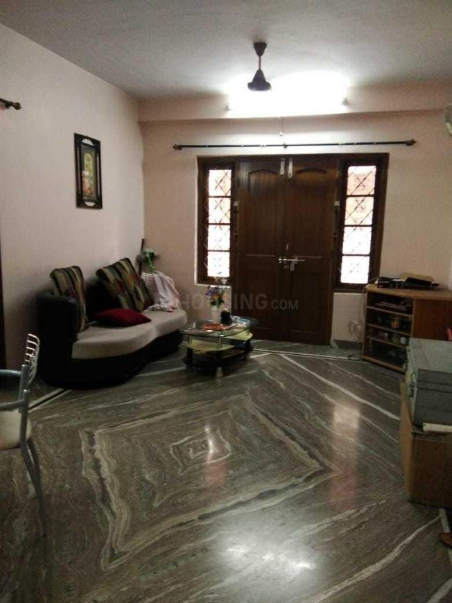 Living Room Image of 1000 Sq.ft 2 BHK Apartment for rent in Kasba for 20000