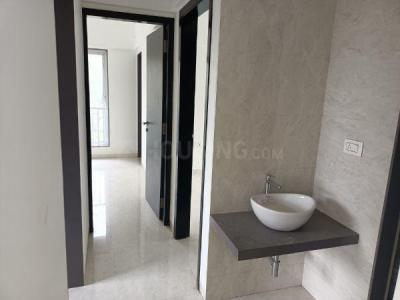 Gallery Cover Image of 1100 Sq.ft 2 BHK Apartment for buy in Mulund East for 16000000