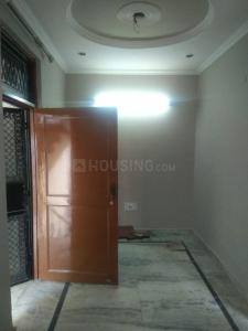 Gallery Cover Image of 400 Sq.ft 1 BHK Independent Floor for rent in Shakurpur for 9500