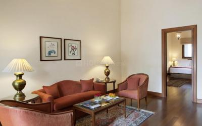 Gallery Cover Image of 1428 Sq.ft 3 BHK Independent Floor for buy in Chittaranjan Park for 15000000