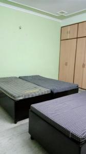 Bedroom Image of Comfort PG in Sector 71