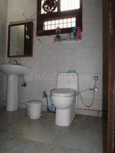 Bathroom Image of PG 4035907 Pul Prahlad Pur in Pul Prahlad Pur