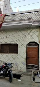 Gallery Cover Image of 700 Sq.ft 3 BHK Independent House for buy in Triveni Nagar for 3200000