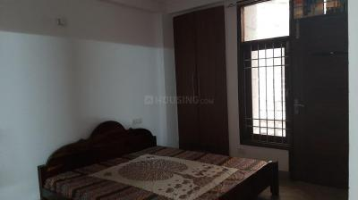 Gallery Cover Image of 1200 Sq.ft 3 BHK Apartment for rent in Chhattarpur for 26000
