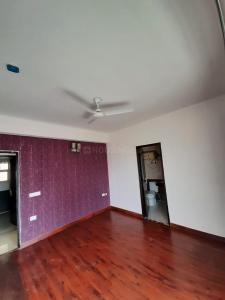 Gallery Cover Image of 1250 Sq.ft 3 BHK Apartment for buy in Nimbus Hyde Park, Sector 78 for 7500000