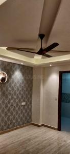 Gallery Cover Image of 1790 Sq.ft 4 BHK Independent Floor for buy in Kaushambi for 12500001