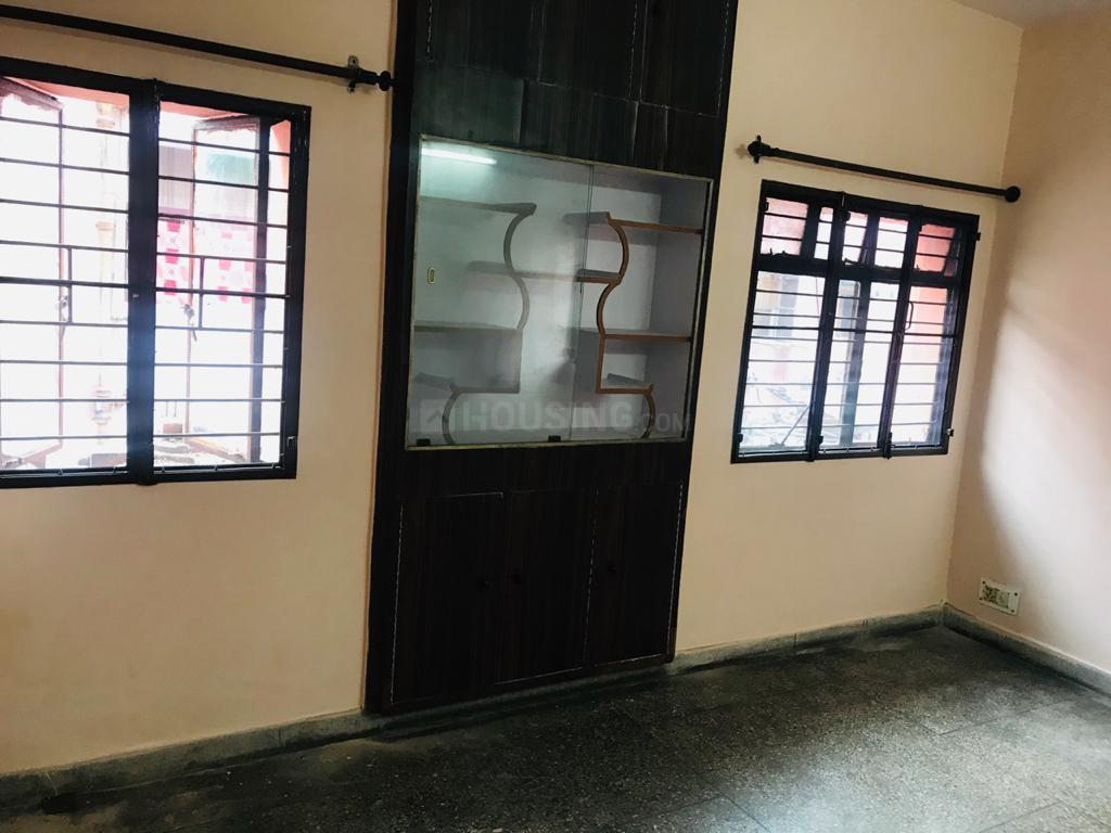 Living Room Image of 645 Sq.ft 2 BHK Apartment for rent in Sector 18 Rohini for 20000