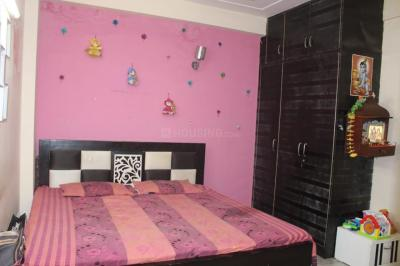 Gallery Cover Image of 900 Sq.ft 2 BHK Apartment for rent in Saket for 20000