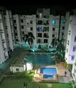 Gallery Cover Image of 1200 Sq.ft 3 BHK Apartment for rent in Maheshtala for 12000