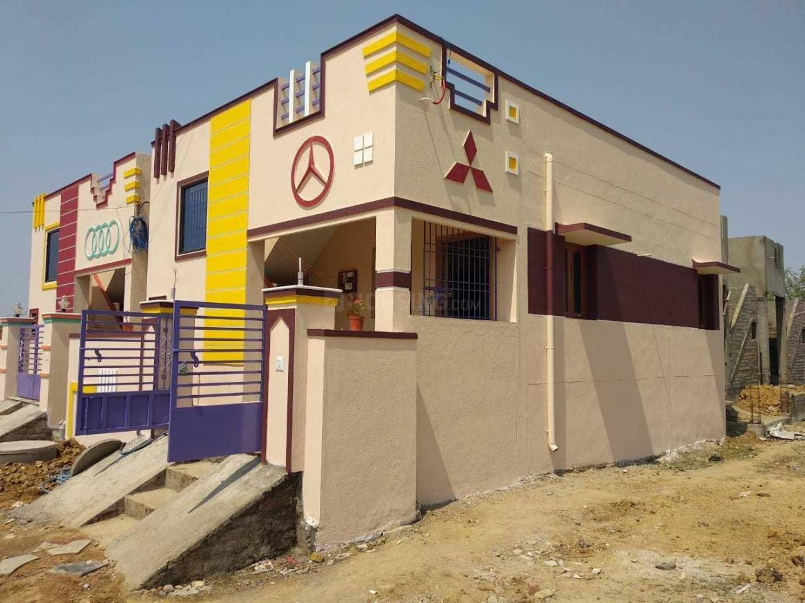 Building Image of 750 Sq.ft 2 BHK Independent House for buy in Veppampattu for 2500000