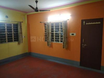 Gallery Cover Image of 1100 Sq.ft 3 BHK Independent Floor for rent in Madhyamgram for 8000