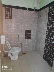 Bathroom Image of Anmol Property PG in Powai