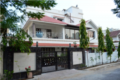 Gallery Cover Image of 7200 Sq.ft 5 BHK Villa for buy in Prahlad Nagar for 90000000