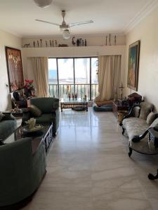 Gallery Cover Image of 2150 Sq.ft 3 BHK Apartment for buy in Sterling Seaface, Worli for 92500000