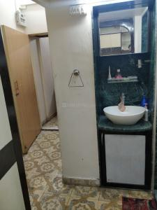 Gallery Cover Image of 500 Sq.ft 1 RK Apartment for rent in Andheri West for 30000