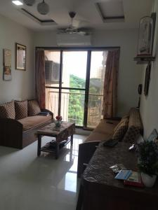 Gallery Cover Image of 750 Sq.ft 2 BHK Apartment for buy in Rajhans Dreams, Vasai West for 6300000