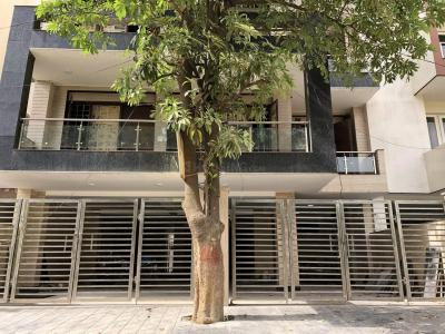 Gallery Cover Image of 1800 Sq.ft 3 BHK Independent Floor for buy in Sector 50 for 13500000