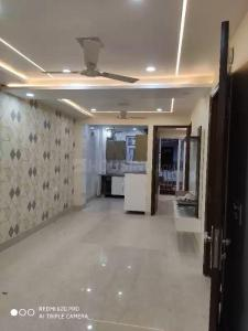 Gallery Cover Image of 1200 Sq.ft 3 BHK Independent Floor for buy in Vikaspuri for 15000000
