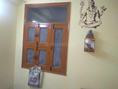 Gallery Cover Image of 585 Sq.ft 2 BHK Independent Floor for buy in Mandawali for 3500000