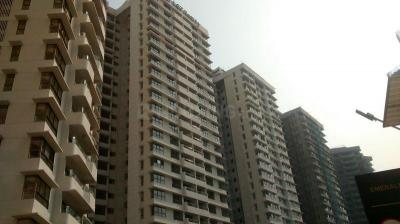 Gallery Cover Image of 998 Sq.ft 2 BHK Apartment for rent in L And T Emerald Isle T4 T5 T6, Powai for 60000