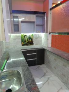 Gallery Cover Image of 910 Sq.ft 3 BHK Independent Floor for buy in Uttam Nagar for 5000000