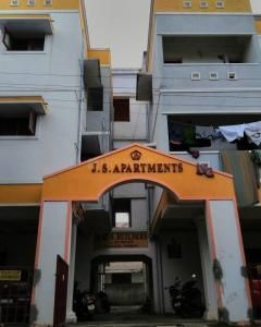 Gallery Cover Image of 900 Sq.ft 2 BHK Apartment for rent in Urapakkam for 9500