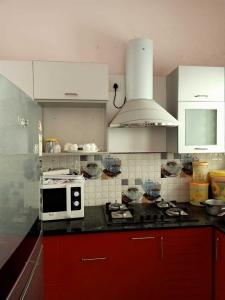 Gallery Cover Image of 2200 Sq.ft 3 BHK Independent House for rent in Kottivakkam for 45000