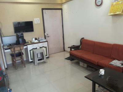 Gallery Cover Image of 425 Sq.ft 1 BHK Apartment for buy in Bandra East for 2450000