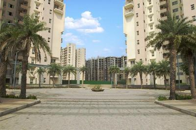 Gallery Cover Image of 2450 Sq.ft 4 BHK Apartment for rent in Sector 37D for 24000
