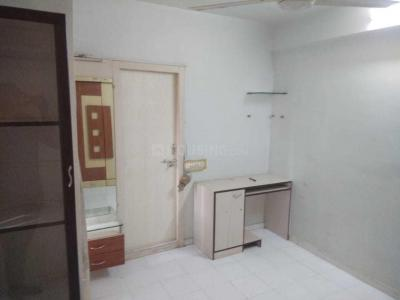 Gallery Cover Image of 1200 Sq.ft 2 BHK Apartment for rent in Satellite for 16000