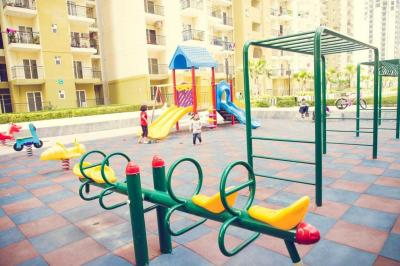 Gallery Cover Image of 1350 Sq.ft 3 BHK Apartment for rent in Noida Extension for 10500