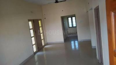 Gallery Cover Image of 950 Sq.ft 2 BHK Independent Floor for rent in Guduvancheri for 10000