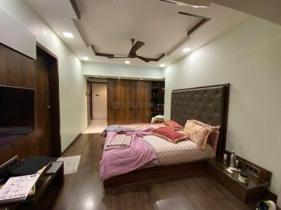 Gallery Cover Image of 2500 Sq.ft 4 BHK Apartment for buy in Kandivali East for 55000000