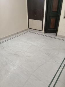 Gallery Cover Image of 2250 Sq.ft 3 BHK Independent Floor for rent in Sector 39 for 28000