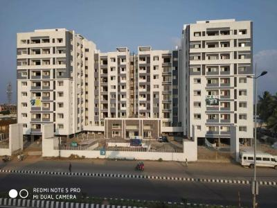Gallery Cover Image of 1495 Sq.ft 3 BHK Apartment for buy in Sri Crescent Heights, Semmancheri for 8700000