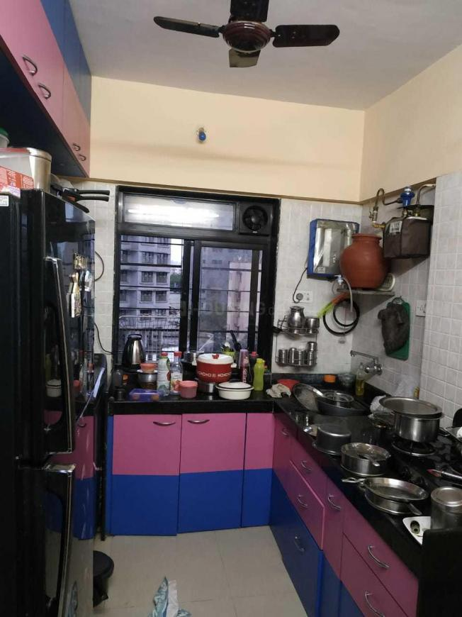 Kitchen Image of 640 Sq.ft 2 BHK Apartment for rent in Borivali East for 29000