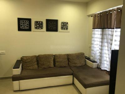 Gallery Cover Image of 640 Sq.ft 1 BHK Apartment for buy in Thane West for 6700000