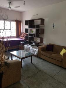 Gallery Cover Image of 1400 Sq.ft 3 BHK Apartment for buy in DDA C8 Vasant Kunj, Vasant Kunj for 21000000