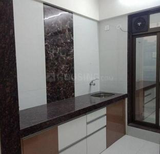 Gallery Cover Image of 1050 Sq.ft 3 BHK Apartment for rent in Hubtown Greenwoods, Thane West for 32000