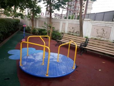 Gallery Cover Image of 1425 Sq.ft 3 BHK Apartment for buy in Tharwani Realty Riverdale Vista, Kalyan West for 7800000