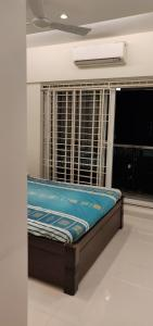 Gallery Cover Image of 1355 Sq.ft 3 BHK Apartment for rent in Sabari Palm View, Chembur for 70000