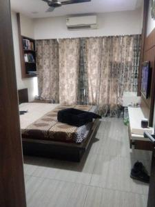 Gallery Cover Image of 1725 Sq.ft 3 BHK Apartment for buy in Ghatkopar West for 30100000